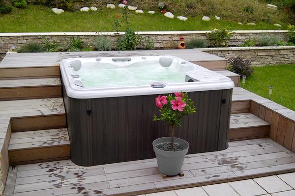 Helt nya Installation av spabad i din trädgård - Tips från PoolKungen® NH-82